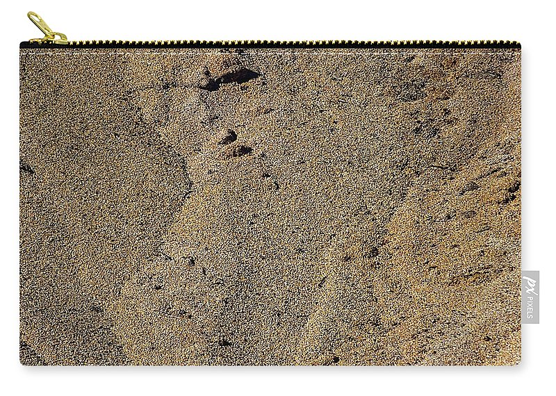 Corn Carry-all Pouch featuring the photograph Nokomis Mountain by Joseph Yarbrough