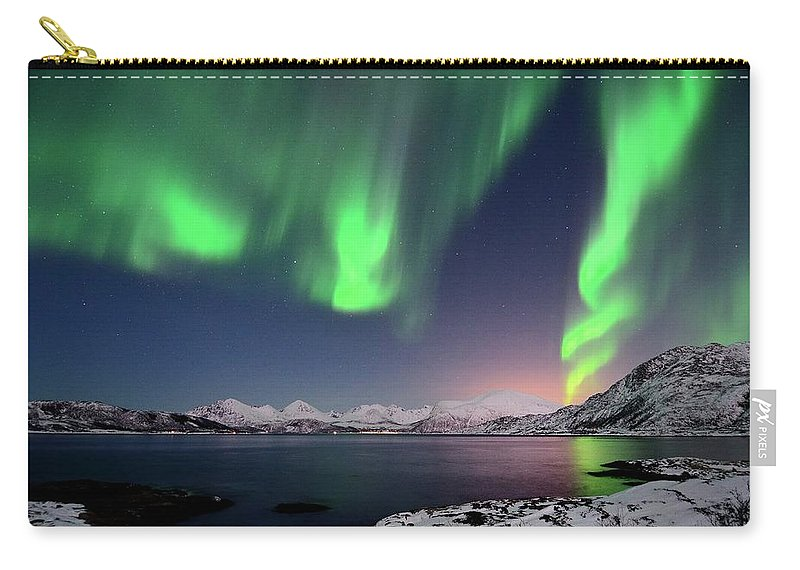Tranquility Carry-all Pouch featuring the photograph Northern Lights And Moonlit Landscape by John Hemmingsen