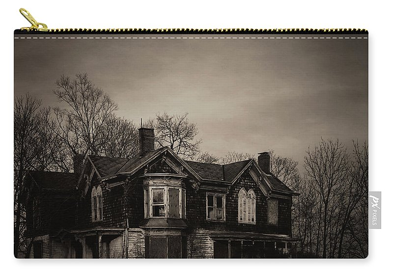 Abandoned Carry-all Pouch featuring the photograph North Fork Forgotten by Bethany Helzer