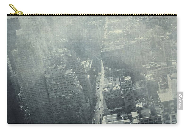 Street Carry-all Pouch featuring the photograph Nyc Horizon by Margie Hurwich
