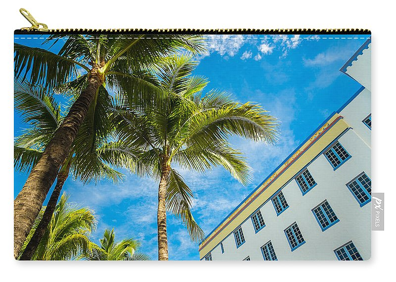 Architecture Carry-all Pouch featuring the photograph Ocean Drive by Raul Rodriguez
