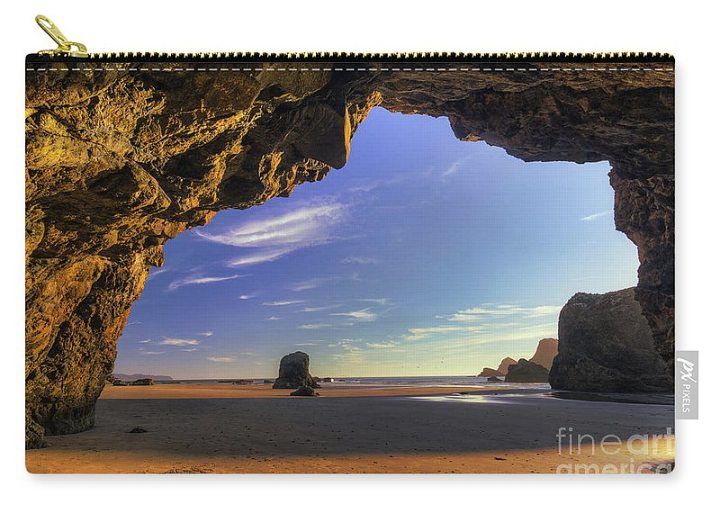 Oregon Carry-all Pouch featuring the photograph Oceanside Hideout by Mark Kiver