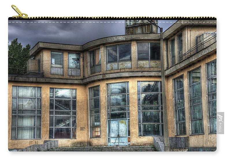 Hdr Carry-all Pouch featuring the photograph Old And Rusty by Svetlana Sewell