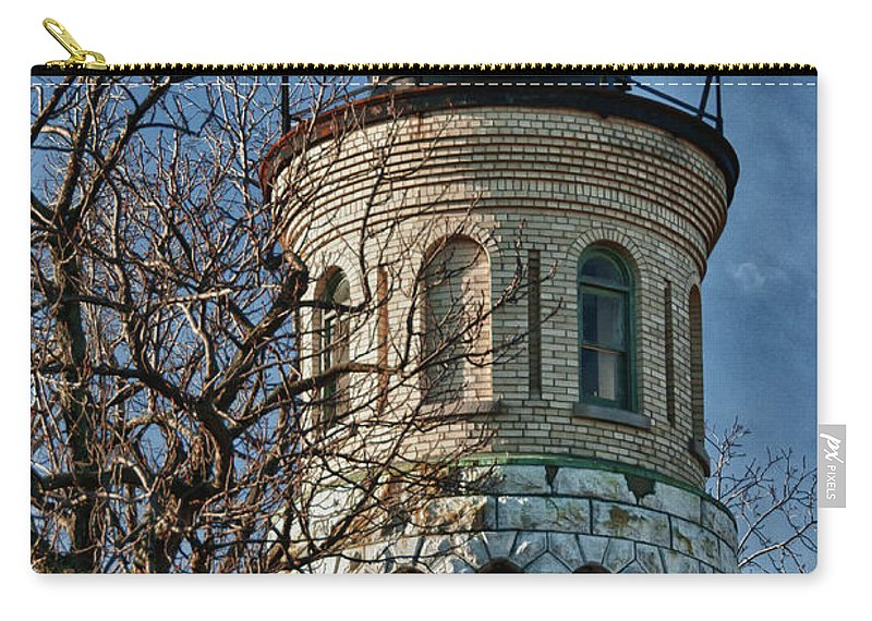 Lighthouse Carry-all Pouch featuring the photograph Old Fort Niagara Lighthouse 4484 by Guy Whiteley