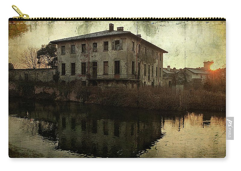 Albairate Carry-all Pouch featuring the photograph Old House On Canal by Roberto Pagani