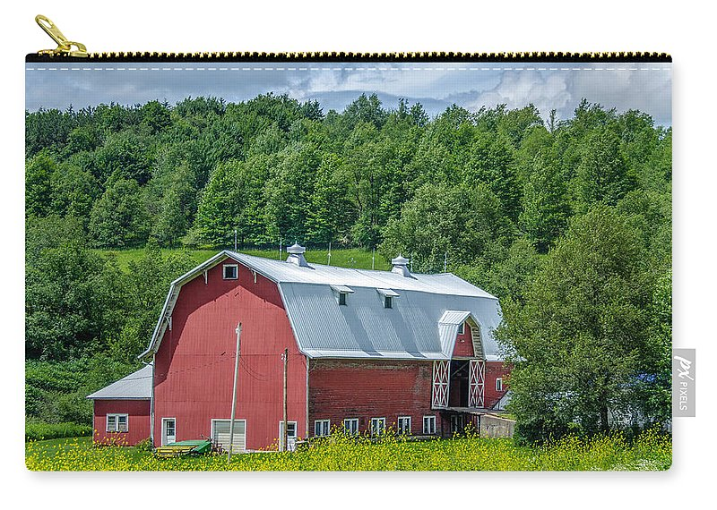 Barn Carry-all Pouch featuring the photograph Old Red 3623c by Guy Whiteley