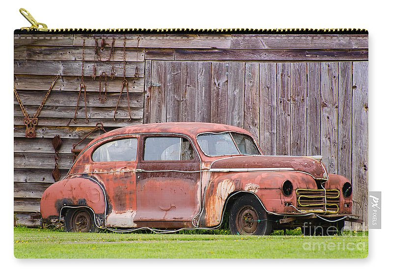 Rusty Carry-all Pouch featuring the photograph Old Rusty Car by Les Palenik