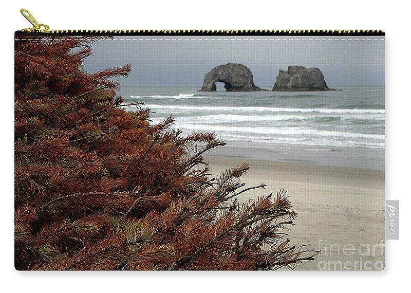 Carry-all Pouch featuring the photograph Oregon Beach by Mike Nellums