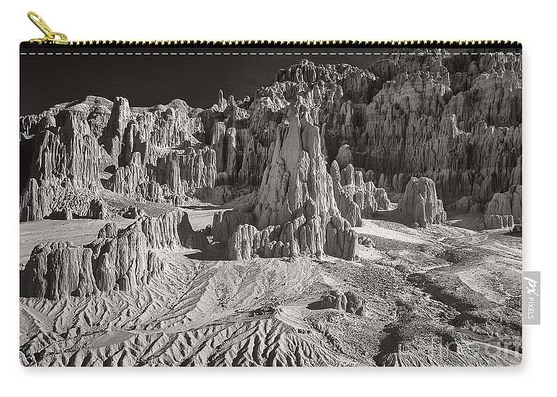 North America Carry-all Pouch featuring the photograph Panaca Sandstone Formations In Black And White Nevada Landscape by Dave Welling