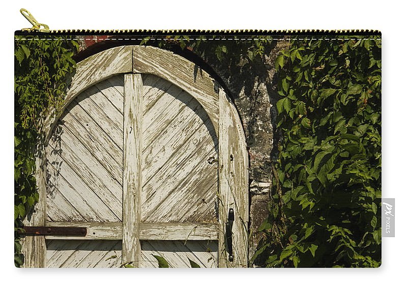 Passageway Carry-all Pouch featuring the photograph Passageway by Guy Shultz