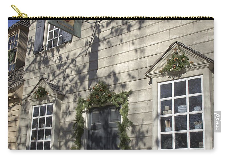 Colonial Carry-all Pouch featuring the photograph Pasteur And Galt Apothecary Williamsburg Virginia by Teresa Mucha