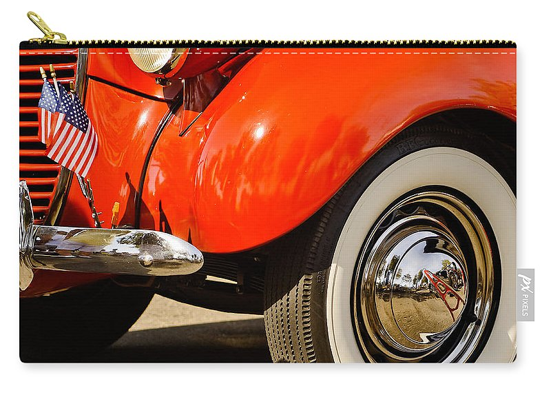 Vintage Automobiles Carry-all Pouch featuring the photograph Patriotic Car by Jim Thompson