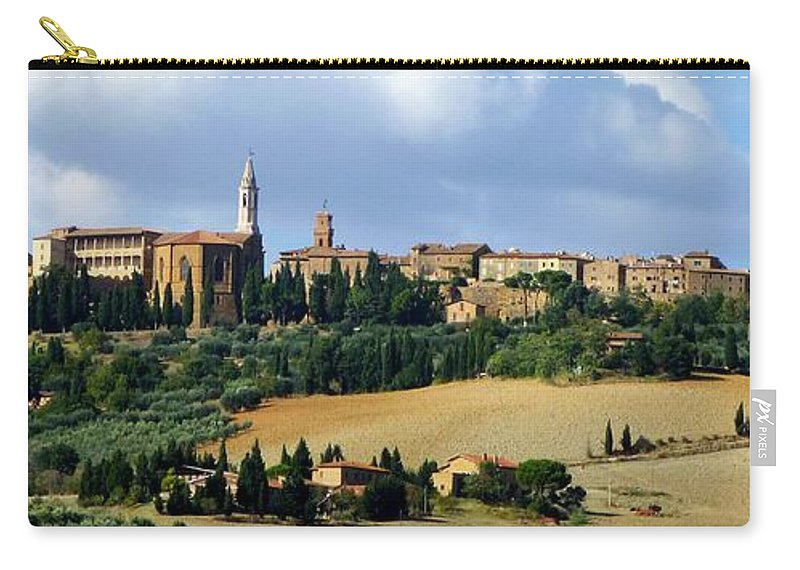 Italy Carry-all Pouch featuring the photograph Pienza A Hill Town In Tuscany by Richard Rutan