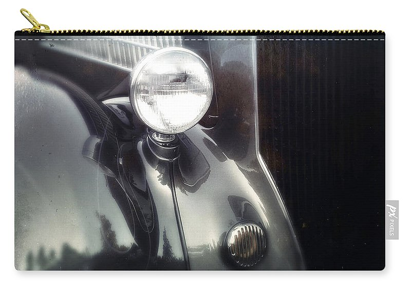 Classic Carry-all Pouch featuring the photograph Pinstripe by Tim Nyberg