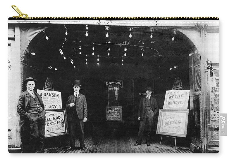 1905 Carry-all Pouch featuring the photograph Pittsburgh Nickelodeon by Granger