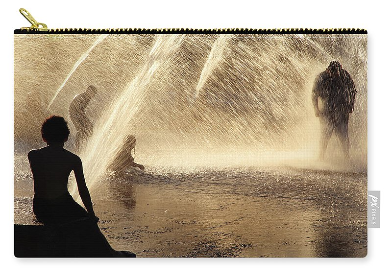 People Carry-all Pouch featuring the photograph Playing In The Fountain by Zeb Andrews