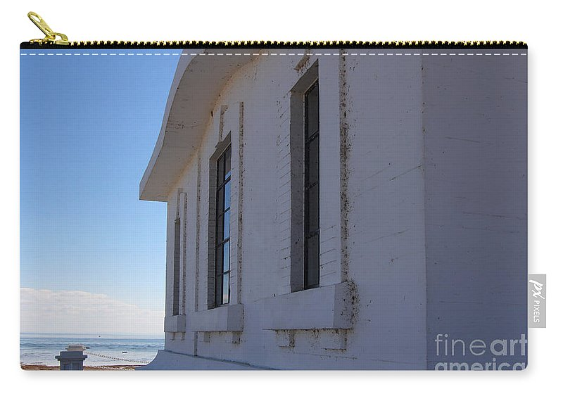 Lighthouse Carry-all Pouch featuring the photograph Point Abino Lighthouse Windows by Darleen Stry