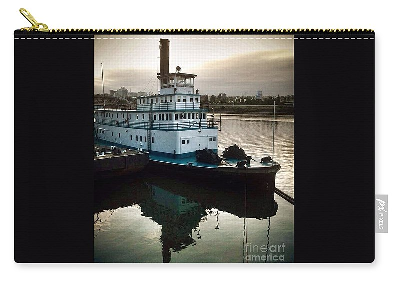 Tugboat Carry-all Pouch featuring the photograph Portland Steam Sternwheeler Tugboat by Susan Garren