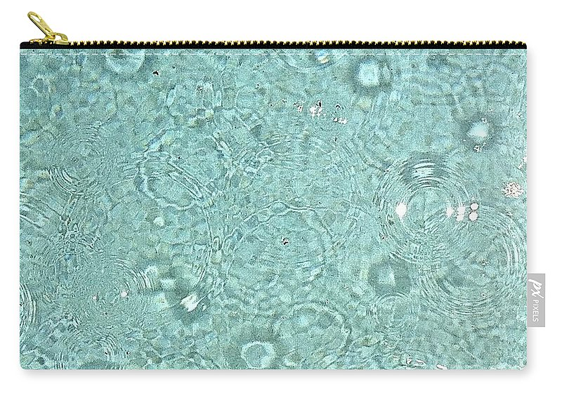 Water Carry-all Pouch featuring the photograph Raindrops by Melissa Darnell Glowacki