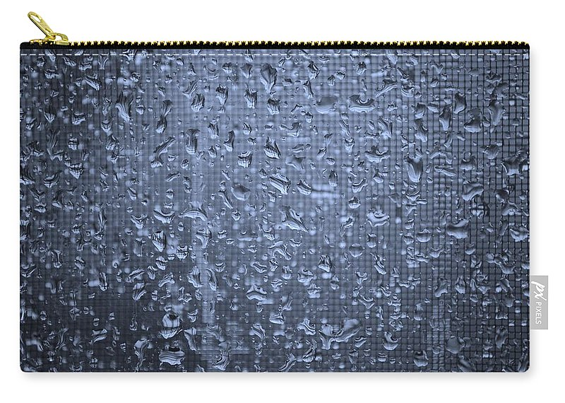 Linda Brody Carry-all Pouch featuring the photograph Raindrops On Window I by Linda Brody