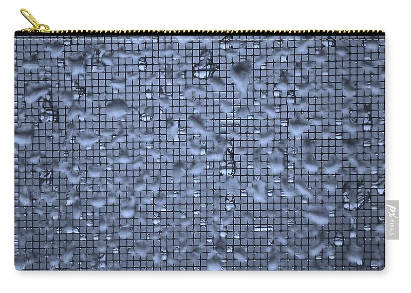 Linda Brody Carry-all Pouch featuring the photograph Raindrops On Window IIi by Linda Brody
