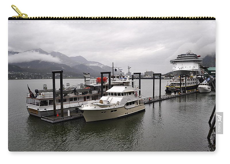 Rain Carry-all Pouch featuring the photograph Rainy Day Dock by Cathy Mahnke