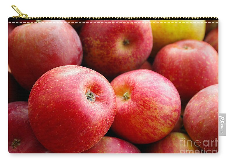 Agriculture Carry-all Pouch featuring the photograph Red Apples by Carlos Caetano