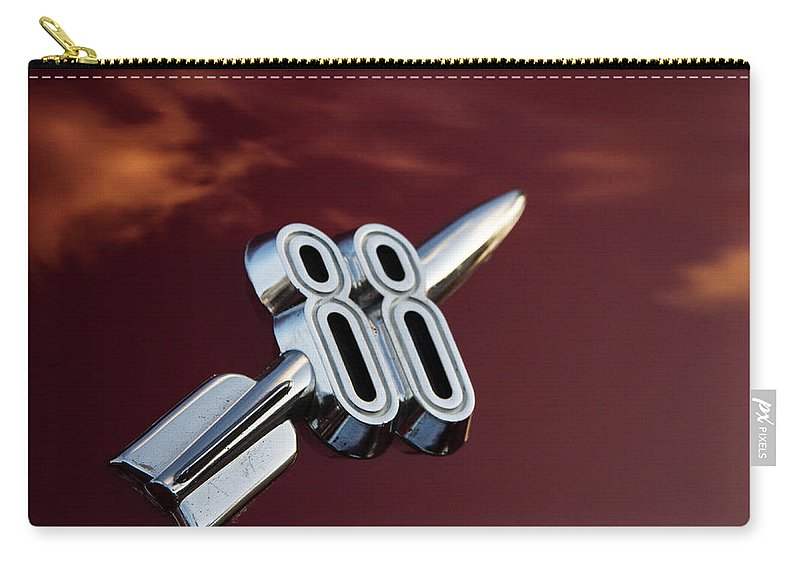 Hot Rod Carry-all Pouch featuring the photograph Red Delta 88 Rocket by Guy Shultz