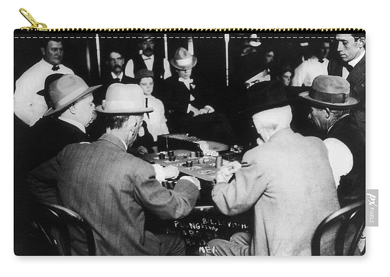 1910 Carry-all Pouch featuring the photograph Reno Gambling, 1910 by Granger