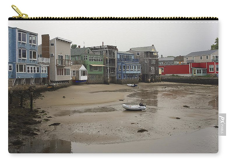 Rockport Carry-all Pouch featuring the photograph Rockport At Low Tide by David Stone