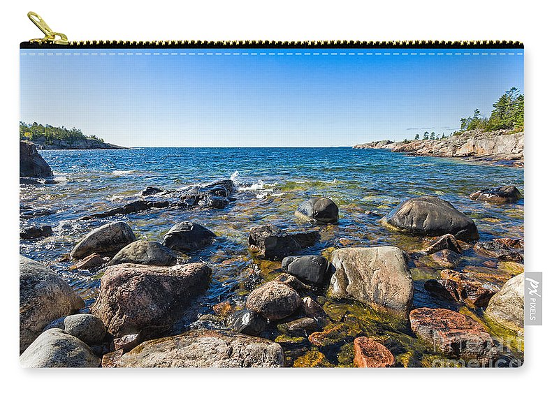 North Carry-all Pouch featuring the photograph Rocky Cove At Lake Superior North Shore by Les Palenik