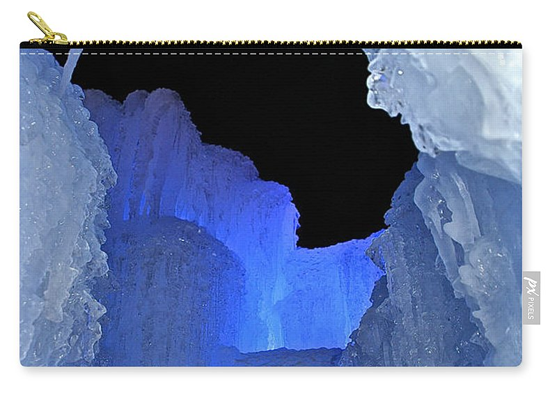 Ice Carry-all Pouch featuring the photograph Roofless by Susan Herber
