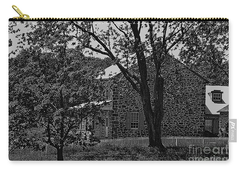 Gettysburg Carry-all Pouch featuring the photograph Rose Farm House-gettysburg by Tommy Anderson