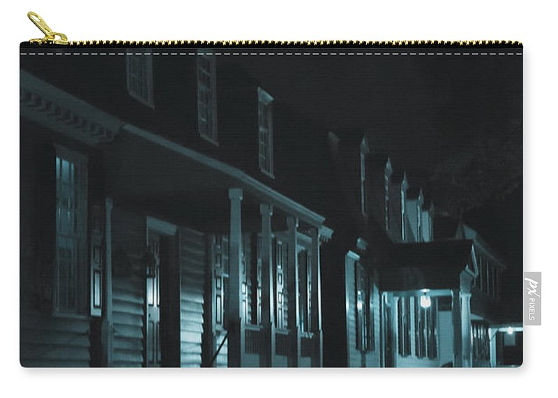 Homes Carry-all Pouch featuring the photograph Row Homes by Margie Hurwich