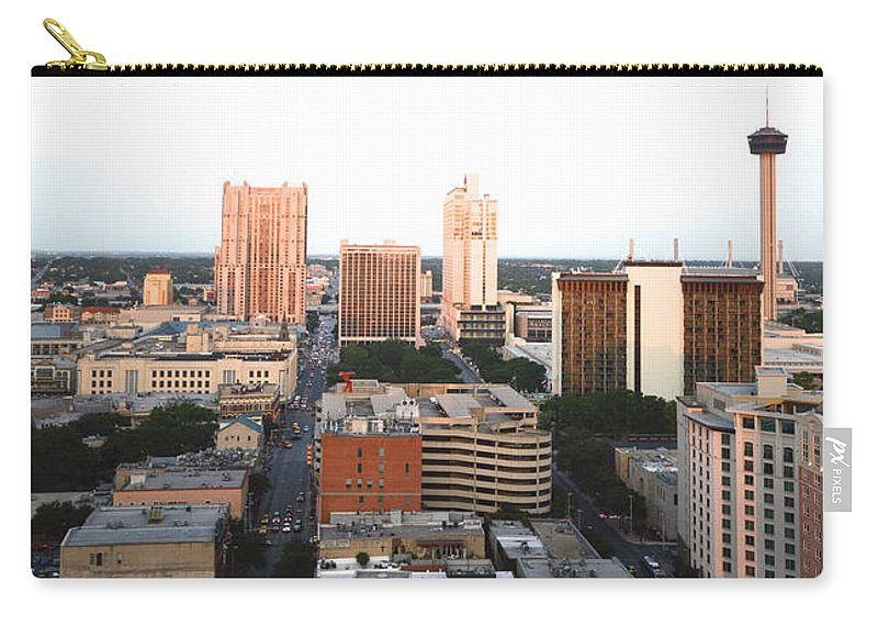 Architecture Carry-all Pouch featuring the photograph Sa Skyline 003 by Shawn Marlow