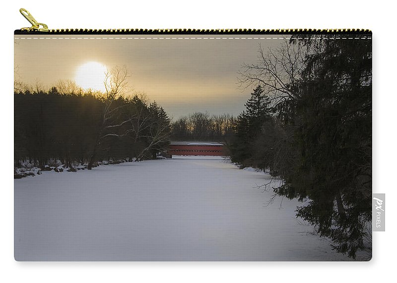 Gettysburg Carry-all Pouch featuring the photograph Sachs Covered Bridge At Sunrise In Winter by Bill Cannon