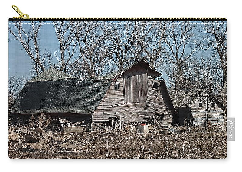 Old Barn Carry-all Pouch featuring the photograph Sad Pair by Wayne Williams