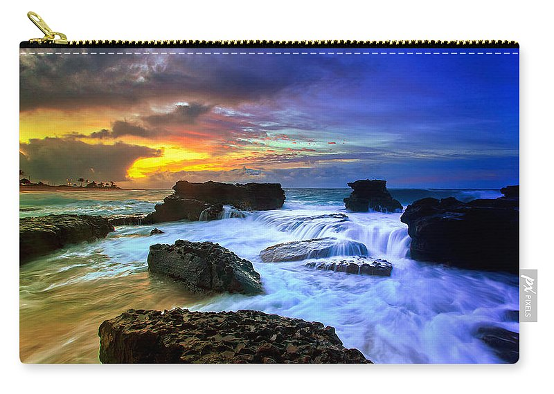Landscape Carry-all Pouch featuring the photograph Sandys Early Morning by Kenway Kua