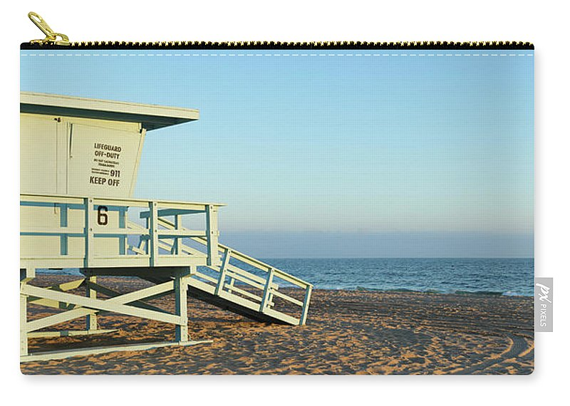 Water's Edge Carry-all Pouch featuring the photograph Santa Monica Lifeguard Station by S. Greg Panosian