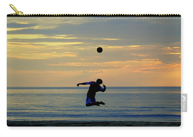 Thailand Carry-all Pouch featuring the photograph Serve's Up.. by A Rey