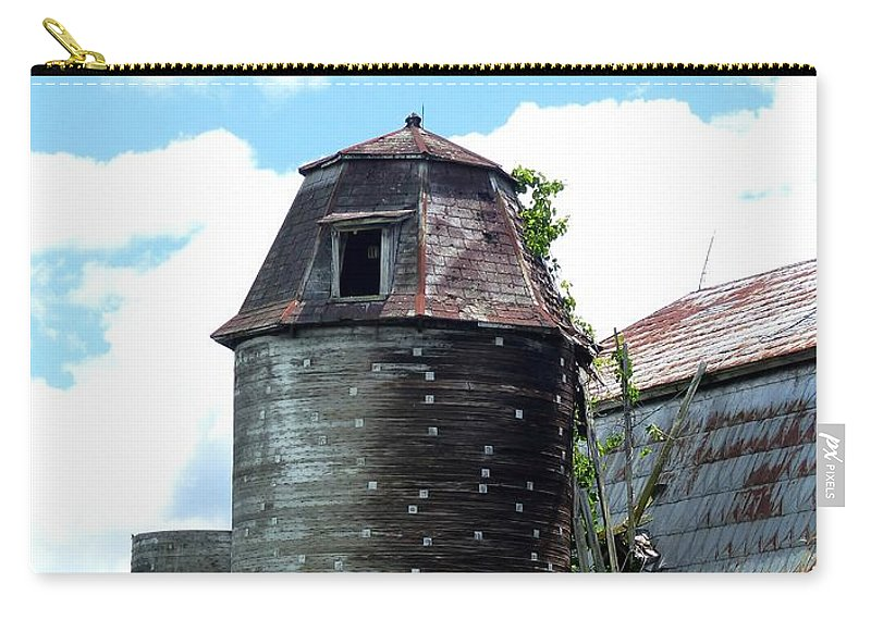 Outdoors Carry-all Pouch featuring the photograph Silo by Charles Ford