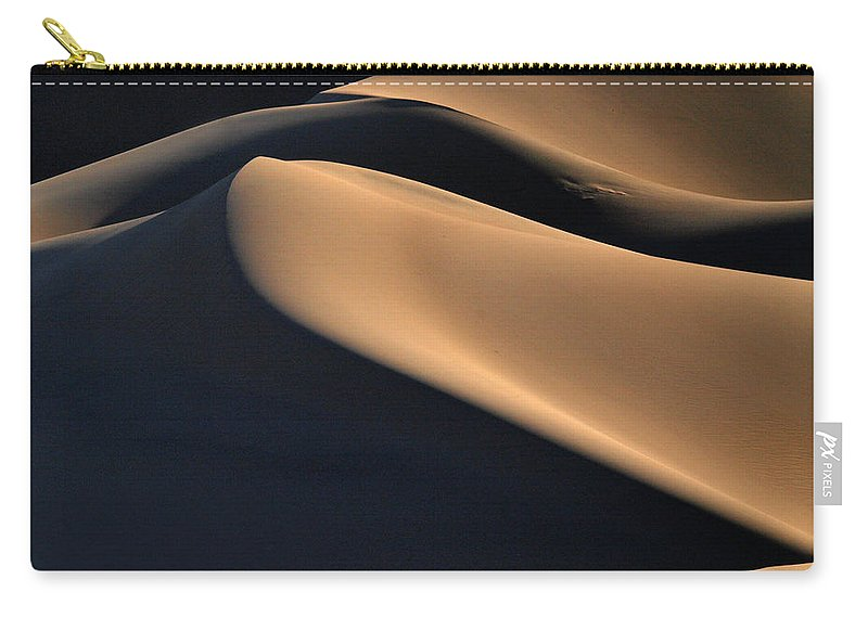 Death Valley Carry-all Pouch featuring the photograph Sinuous Dunes by Joe Schofield