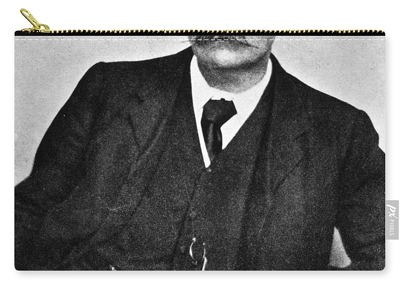 19th Century Carry-all Pouch featuring the photograph Sir Arthur Conan Doyle (1859-1930) by Granger