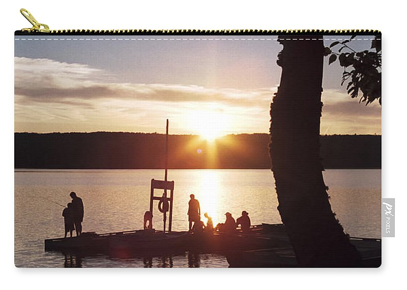 Sleeping Carry-all Pouch featuring the photograph Sleeping Giant Sunset by Richard Kitchen