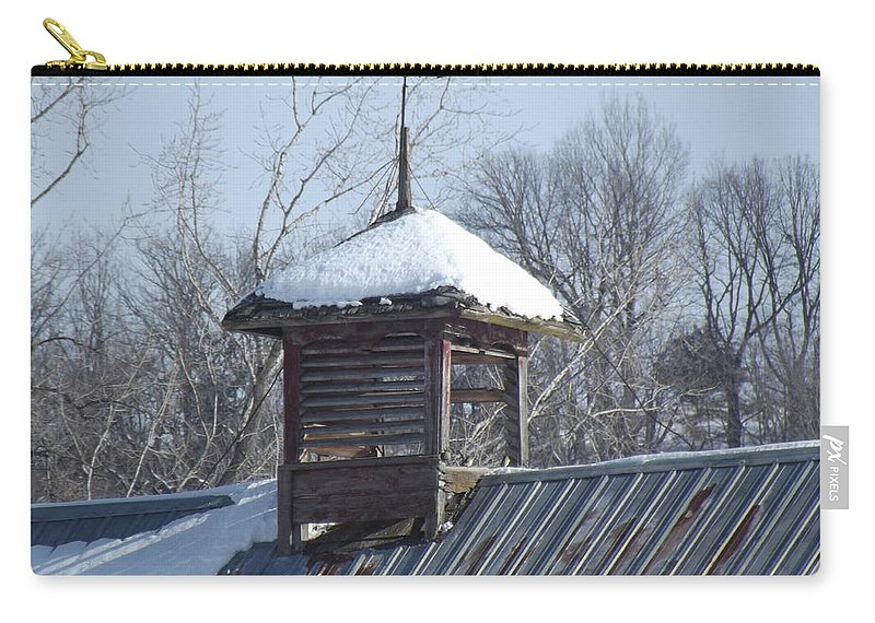 Elkader Iowa Carry-all Pouch featuring the photograph Snow Cupola by Bonfire Photography