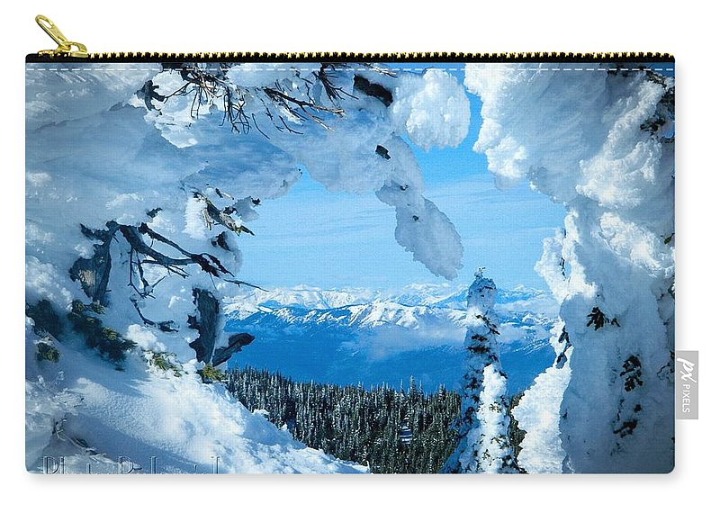 Mission Ridge Carry-all Pouch featuring the photograph Snow Heart by Jamie Johnson