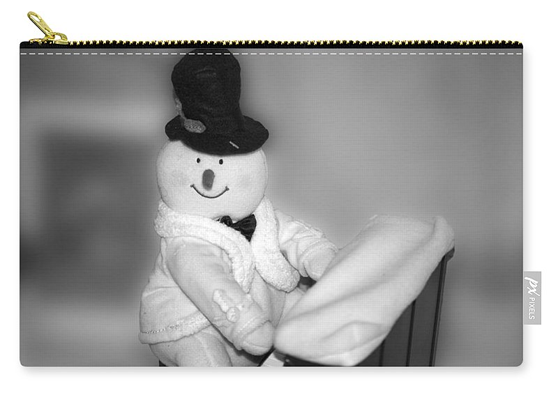 Music Carry-all Pouch featuring the photograph Snowman Playing The Piano In Bw by Thomas Woolworth