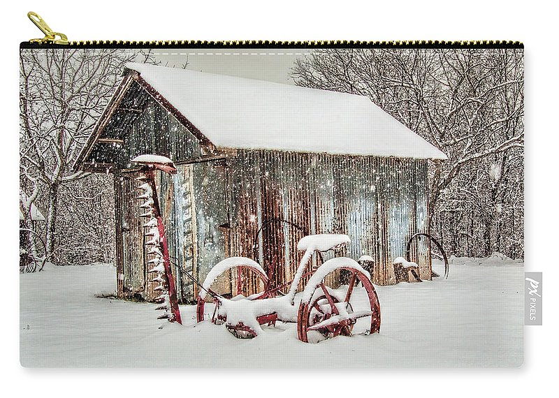 Barn Carry-all Pouch featuring the photograph Snowy Day by David and Carol Kelly