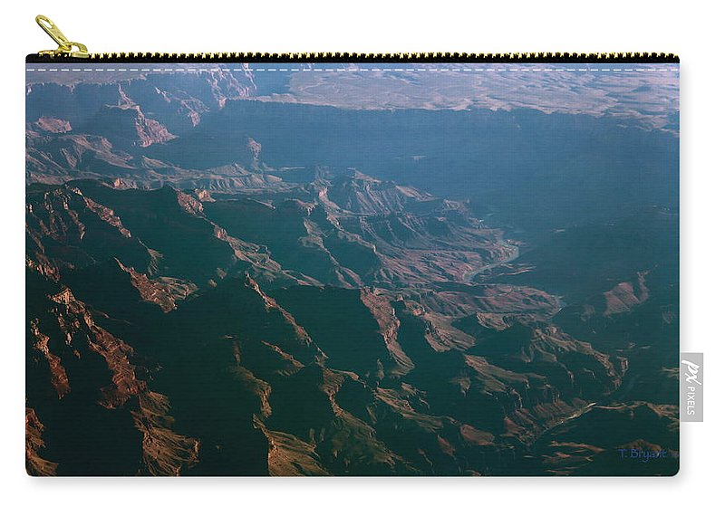 Rocky Carry-all Pouch featuring the photograph Soft Early Morning Light Over The Grand Canyon 4 by Kume Bryant
