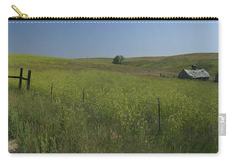 South Dakota Carry-all Pouch featuring the photograph South Dakota Homestead by Garry McMichael